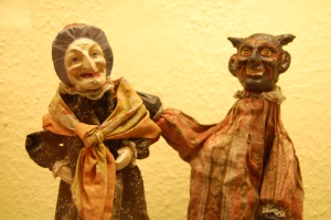 Old glove puppets